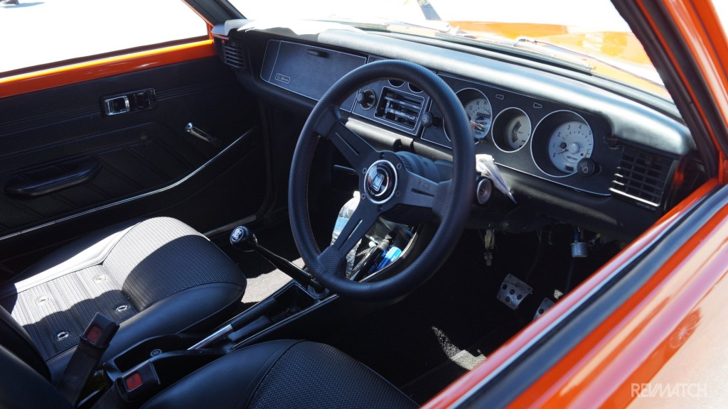 niseiweekcarshow-toyota-corolla-trueno-sprinter-interior